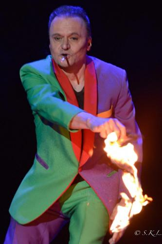 Otto flammes, -2